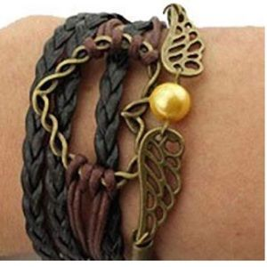 Jewelry - 🎉3 for $20 multi layer leather Infinity Bracelet